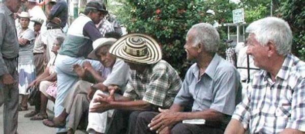Autor del artículo que permitiría traslado pensional defiende la iniciativa